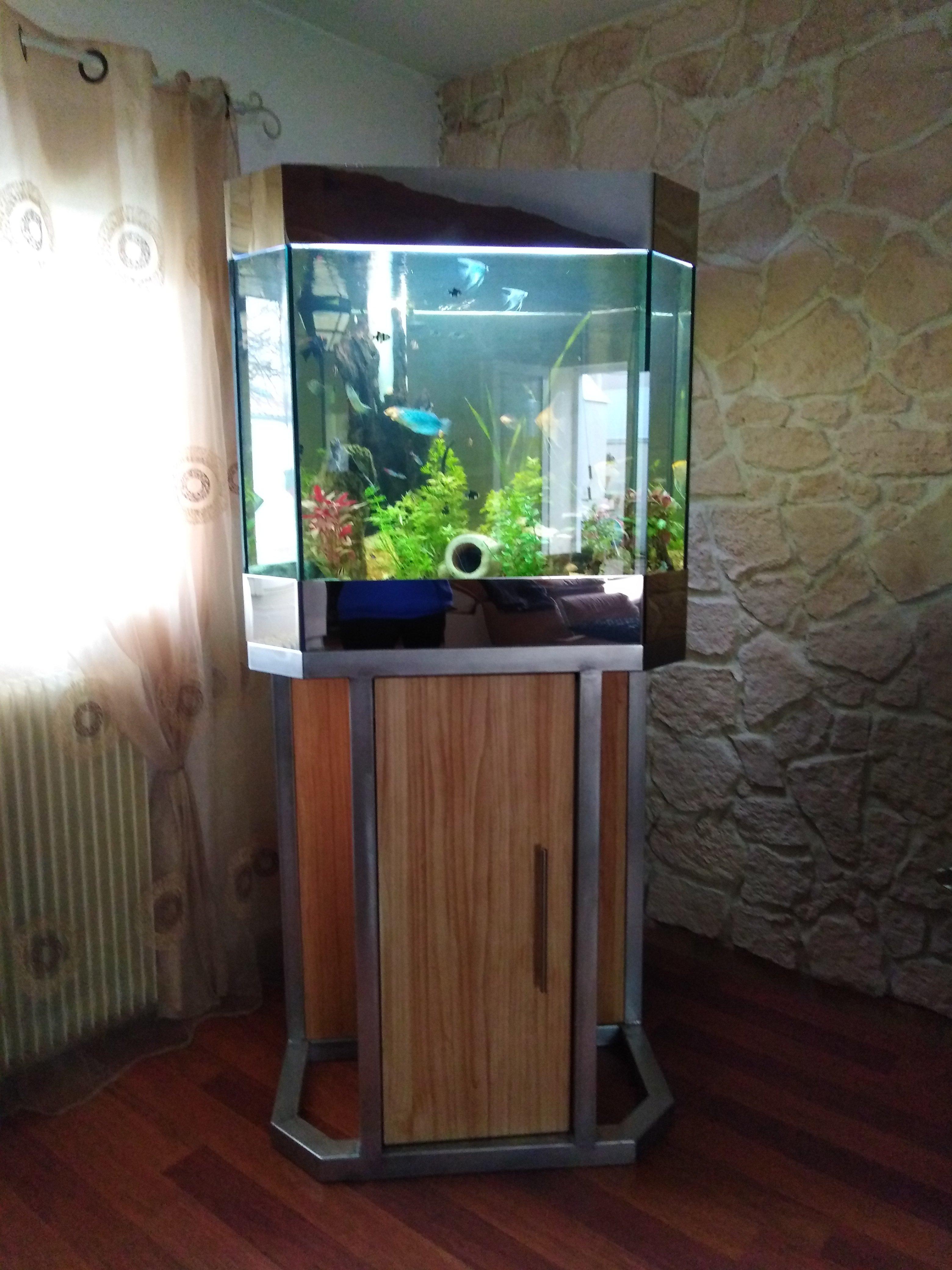 Meuble D Aquarium En Chene Et Structure En Inox Serrurerie Chaudronnerie Duclos Martial